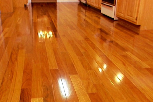 HARDWOOD FLOORS - RED OAK